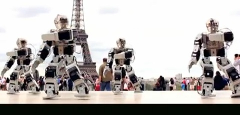 Dancing Robots In Paris