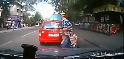 Brainless Father Get Hit By Car With His Two Kids