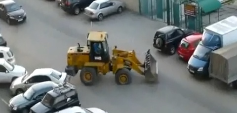 Drunk Guy Bulldozes Parked Cars